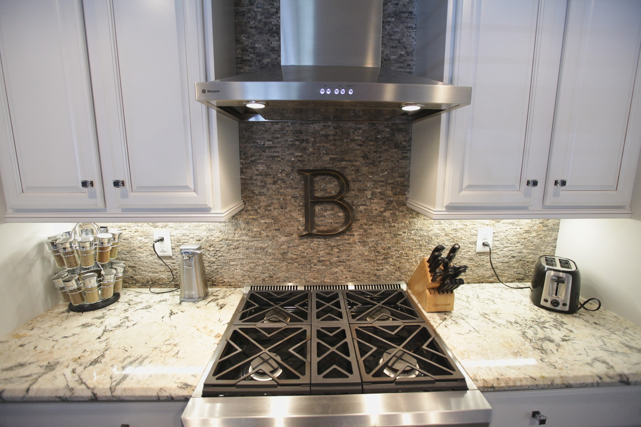 Backsplash Tile / Stone